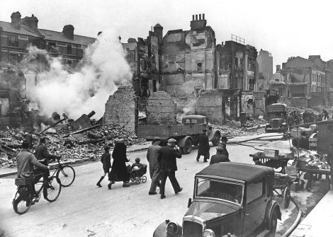 LondonBombedWWII_full